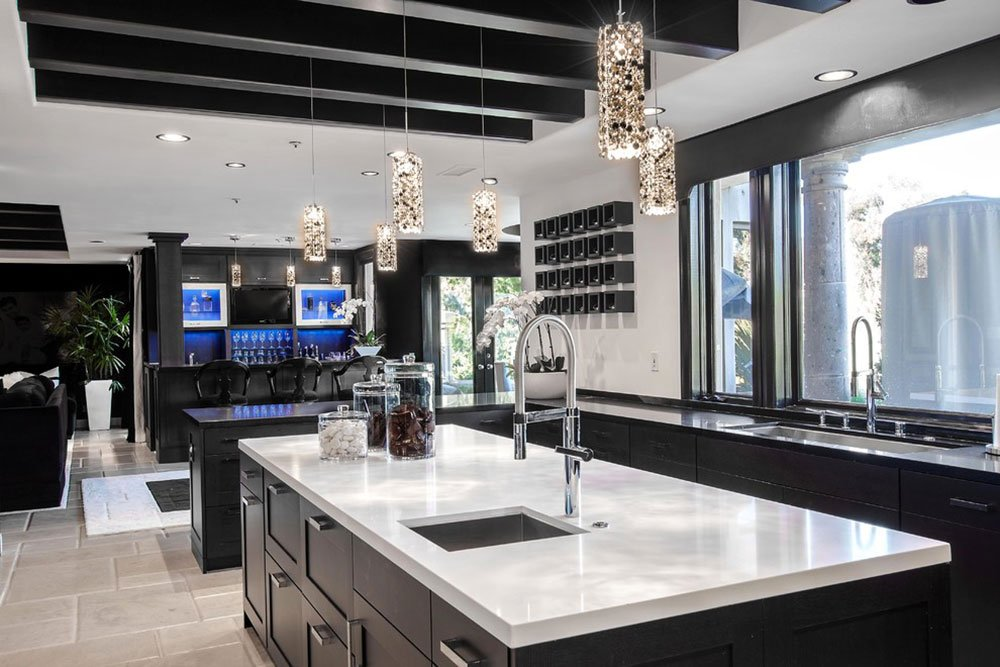 Bright-Your-Kitchen-With-Sparkling-White-Quartz-Countertop14.jpg