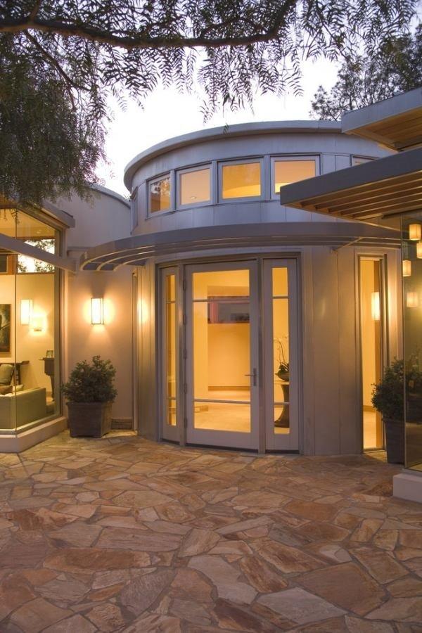 contemporary-patio-design-paving-stones-patio-deck-ideas.jpg