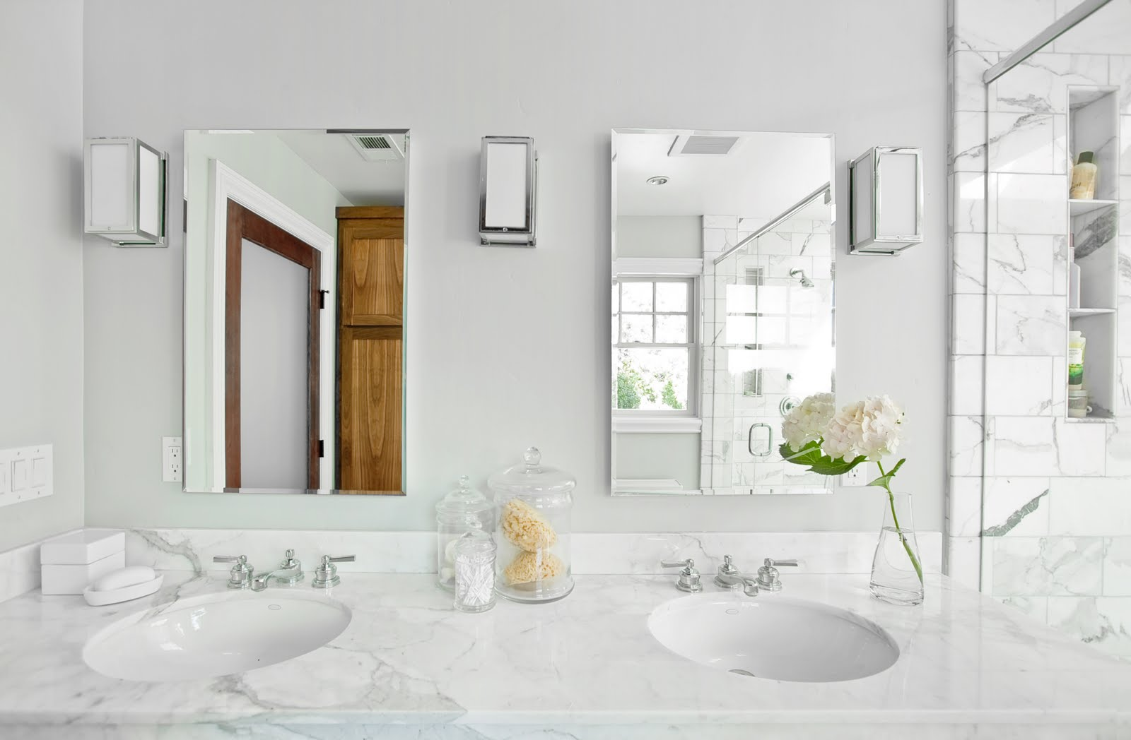White Carrara Marble Bathroom Vanity Tops With Faucet And